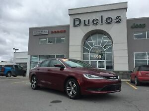 2015 Chrysler 200 LX*A/C*BLUETOOTH*CRUISE*MAGS*