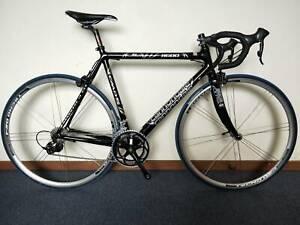 Cannondale CAAD5 R600 54cm Road Bike Shimano 105 Drivetrain