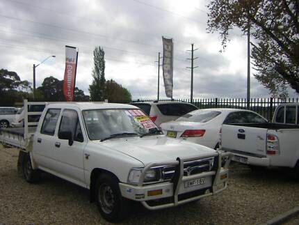 1994 Toyota Hilux RN85 2.4 Dual Cab Ute cab/chassi Country Car