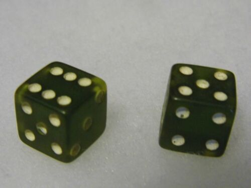 """Vintage Clear Green 9/16"""" Pair Dice Bakelite Lucite Collectible"""
