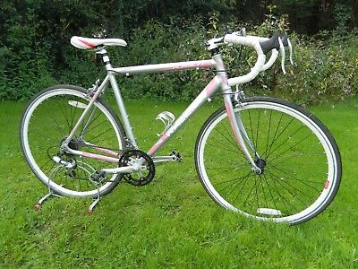 RALEIGH PURSUIT LADIES ROAD BIKE... LOOK !!