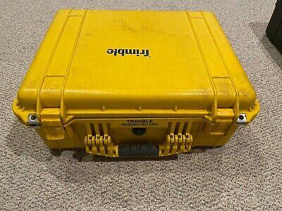 Trimble R6 Gps Surveying Receiver Bundle W Tsc2 Data Collector Hard Case