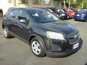 2013 CHEVROLET TRAX LS- ONSTAR, BLUETOOTH, POWER LOCKS & WINDOWS