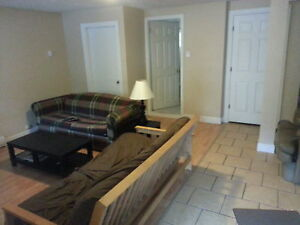 Students Welcome Sept 1 Large 3 Bedroom $990