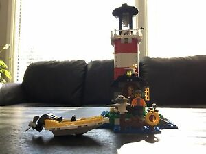 Lego creator lighthouse