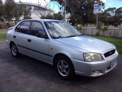 2001 Hyundai Accent Sedan 4doors Silver Karrinyup Stirling Area Preview