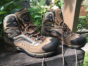 Asolo gtx Gore-Tex hiking boots size 8mens