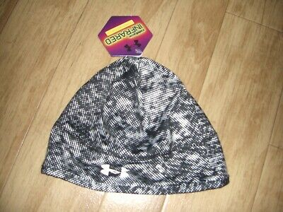 8b5f6e194c7 NWT~UNDER ARMOUR ColdGear Infrared Reflective Women s Beanie Hat w Ponytail  Hole