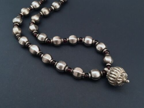 Ethnic tribal Middle Eastern old India Rajasthan necklace silver and garnets