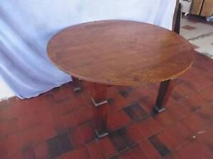 Oak Table, Round, 370651 Lane Cove Lane Cove Area Preview