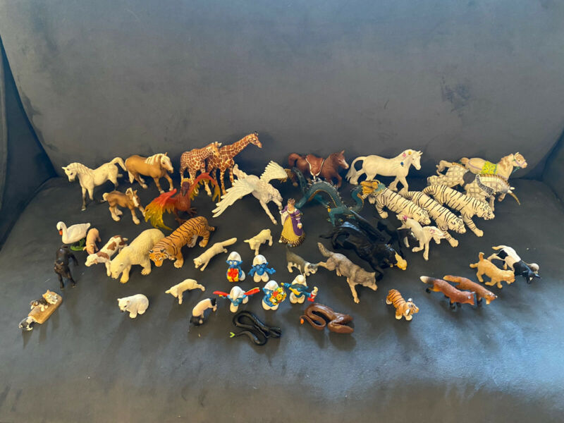 Lot of 48 Schleich, PAPO, Safari Animals - Tigers, Horse, Farm Animals, More
