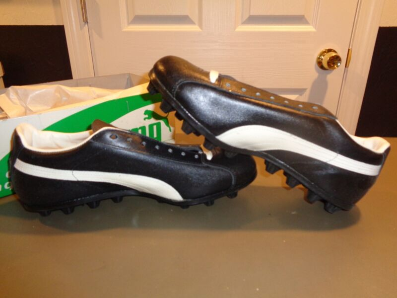 Vintage Puma Mens Black All Turf Deadstock Athletic Cleat Shoe Size 8