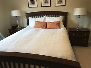 Queen bedroom furniture full set