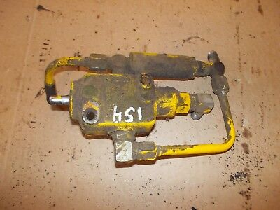 Ihc International Cub 154 Low Boy Ihc Tractor Hydraulic Control Valve Assembly