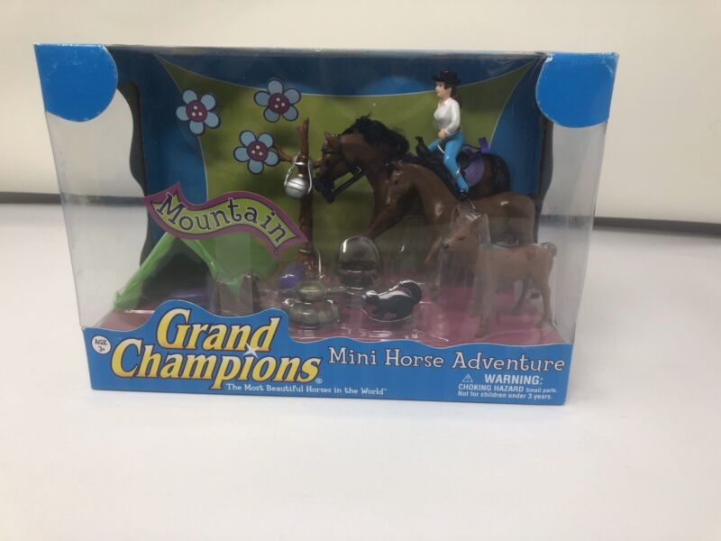 Grand Champions Micro Mini Horse Adventure Set