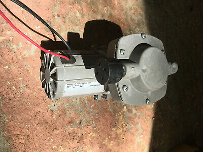 Modern Aeration 12v Pond Pump Air Compressor Never Used - Mod. 907cdc-18