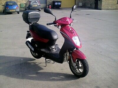 SYM SYMPLY 50 SCOOTER low mileage (3042 miles) great runner. FSH - 12 MONTHS MOT