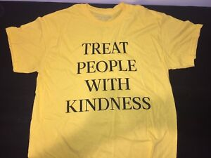 """Harry Styles """"Treat People With Kindness"""" T-Shirt"""