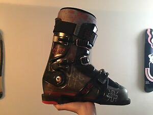 Full Tilt ski boots for sale