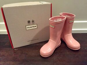 Girls hunter boots size 8 kids great shape with box
