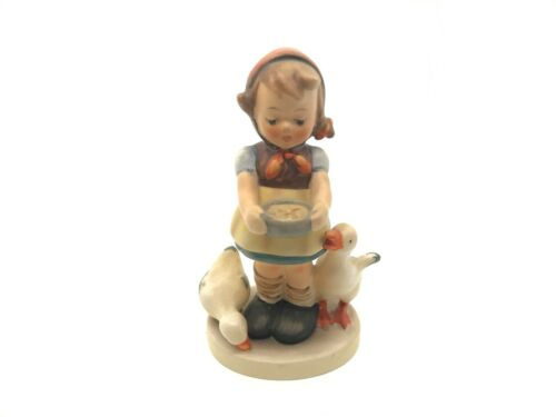 VINTAGE HUMMEL GOEBEL BE PATIENT GIRL WITH 2 DUCKS No 197 2/0 TMK 4
