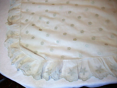 Surnappe Sail Embroidery Cornely for round Table or Square 120/130 - Tablecloth