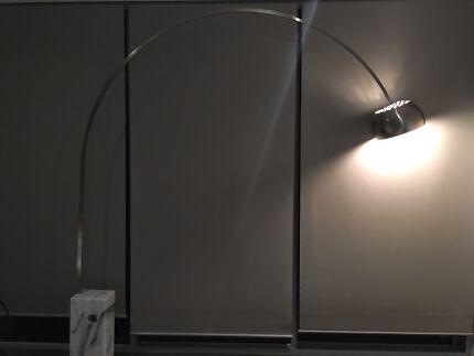 Replica achille castigliono arco lamp