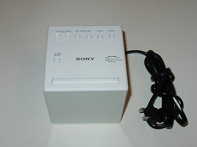 Sony AM/FM Radio Alarm Clock ICF-C1 (White) - ICFC1W