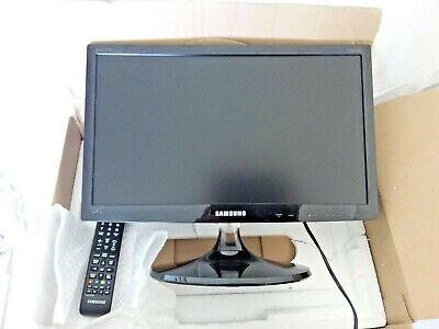 SAMSUNG LED TV MONITOR  & INDOOR ARIEL 18 I/2 INCH SCREEN VGC USED ONCE