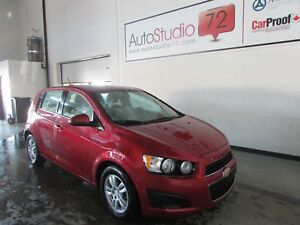 Chevrolet Sonic Hb LT **MAGS**CAM RECUL**SIEGES CHAUFFANTS**