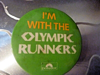 "I'M WITH THE OLYMPIC RUNNERS"", Badge Vintage 70,, Vintage Metal  Badge 2 ½   """