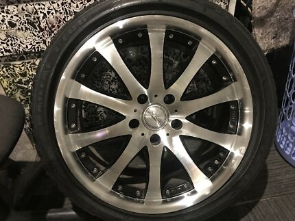 19 inch rims x2(rims only)