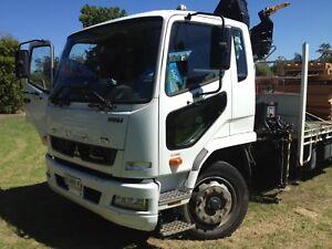 2012 Mitsubishi Fuso Crane Truck 60,000klm