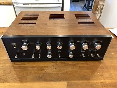 NICE SANSUI AMPLIFIER AU-888 PERFECT WORKING AND NO SMOKING HOUSE PREAMPLIFIER