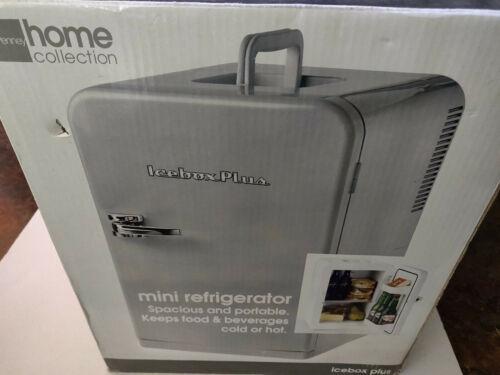 Mini refrigerator By Icebox Plus