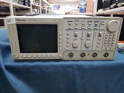 Tektronixtds520a Digital Oscilloscope 500mhz 500mss