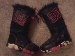 Womens size 8 DC Winter Boots,$50.00