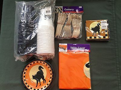 Oriental Trading Decorations (Oriental Trading Halloween Party Pack Plates, Decorations, Crepe Paper,)