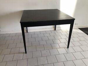 Dining table 107x107x76 cm