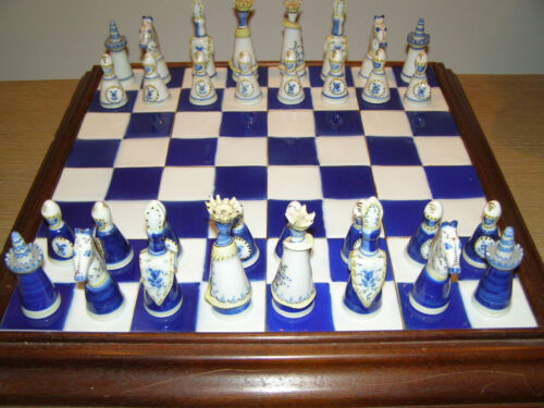 Viana Porcelain Chess Set (Portuguese Ceramics)