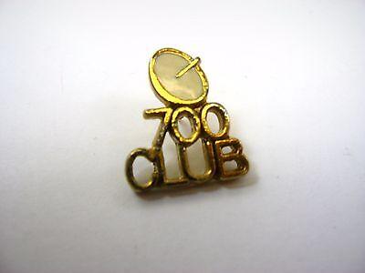 Vintage Collectible Pin  700 Club