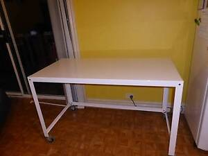 White wheeled table - desk or dining North Narrabeen Pittwater Area Preview