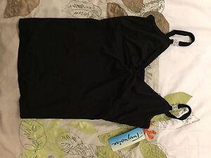 Haut ou camisole maillot de bain D-cup neuve avec étiquettes!