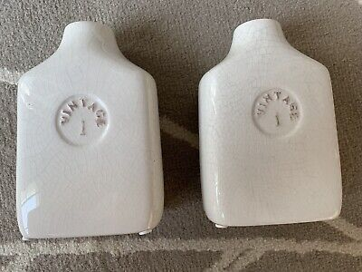 A Set Of 2 Off White Ceramic Modern Flower Vases Wedding Centerpieces - Modern Wedding Centerpieces
