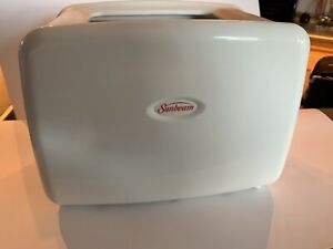 Sunbeam 2 Slice Toaster with Retractable Cord, White PN 159226