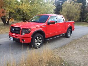 F150 5.0L FX4 Race red Mint condition