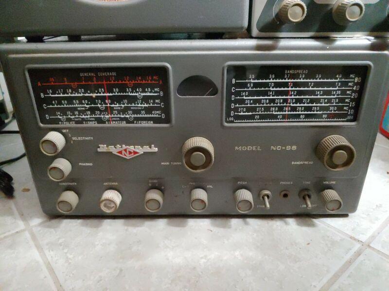 National NV-98 Shortwave Receiver & Speaker
