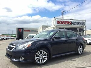 2013 Subaru Legacy 2.5i - SUNROOF - BLUETOOTH