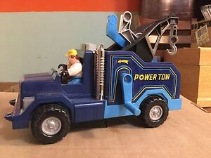 Vintage 1980s fisher price power tow truck