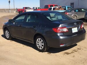 2013 Toyota Corolla CE with only 83,000 km!!